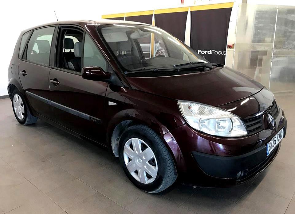 Foto del coche Renault Scenic Cieza Murcia.