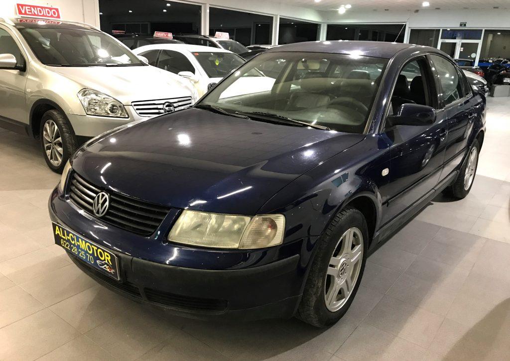 Foto del coche Volkswagen Passat de Ali Ci Motor Cieza, Murcia.