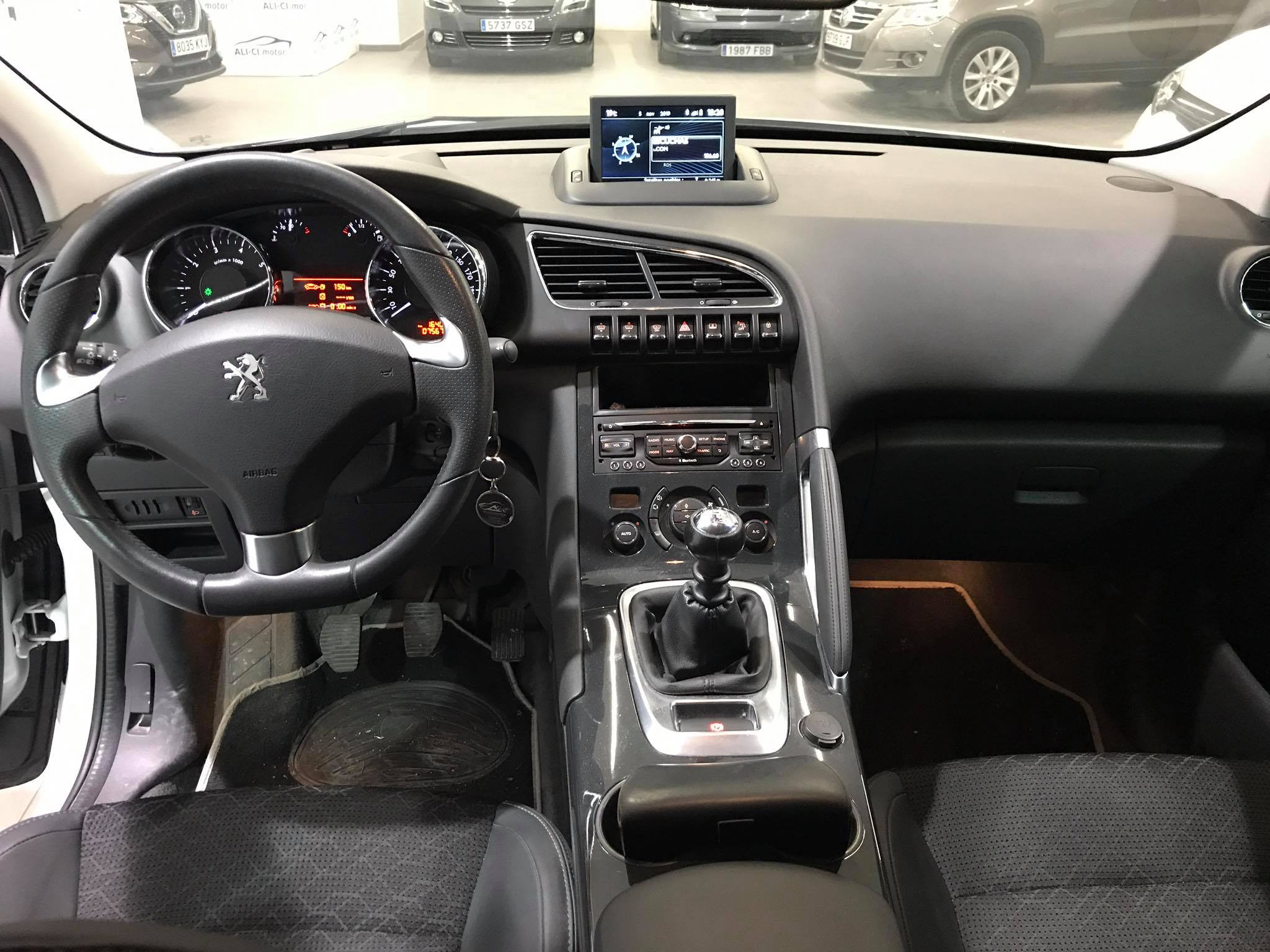 Peugeot 3008 acabado Allure