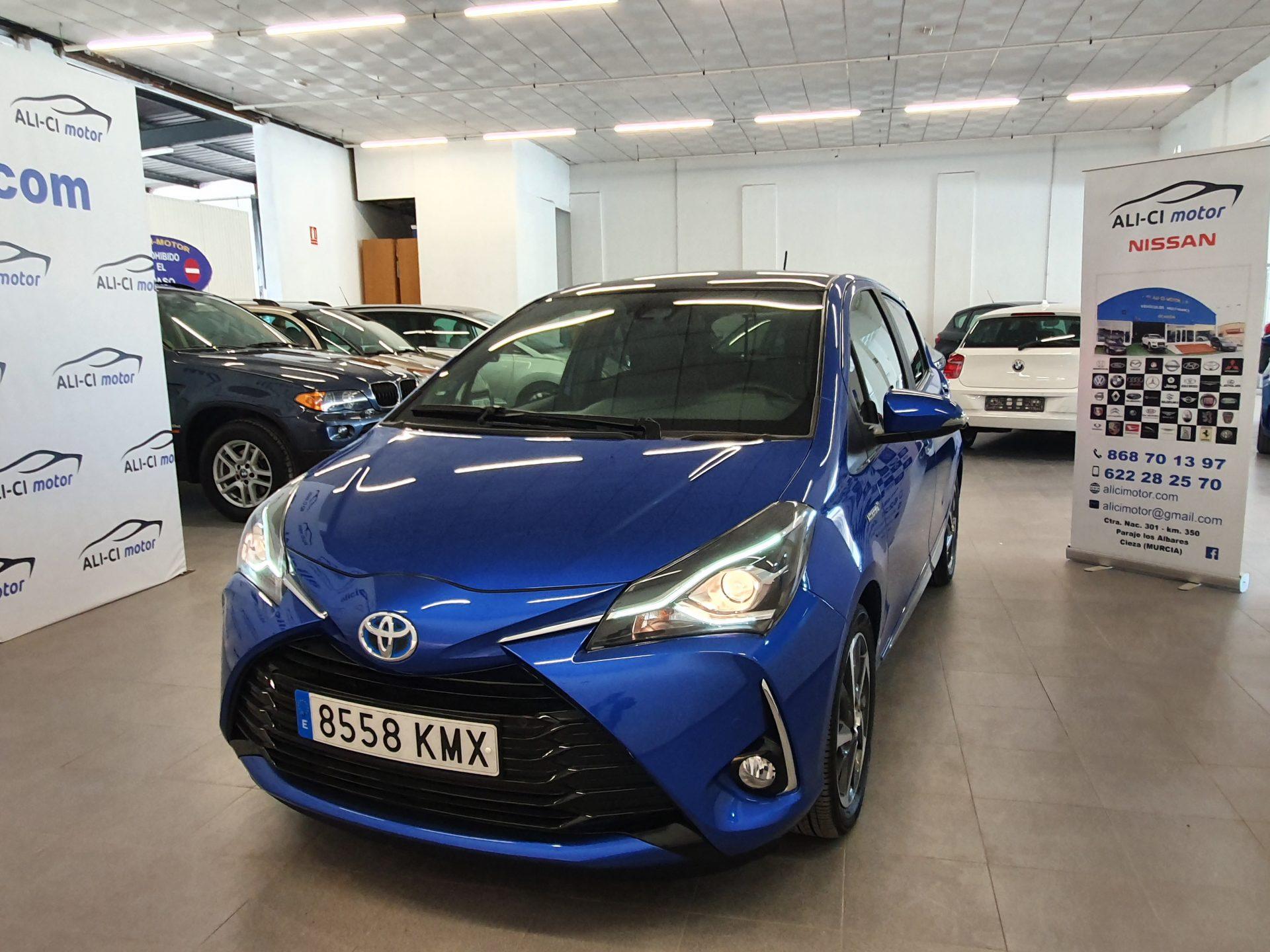 Toyota Yaris Híbrido Automático